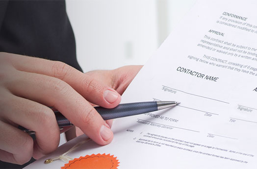 Man holding pen - to sign contract